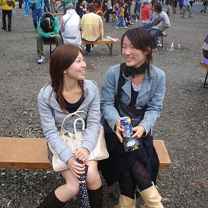 2 GIRLS ON A BENCH at NAGISHA MUSIC FESTIVAL IN TOKYO